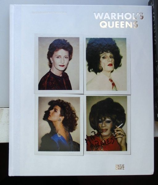 Warhol's Queens. Andy Warhol.