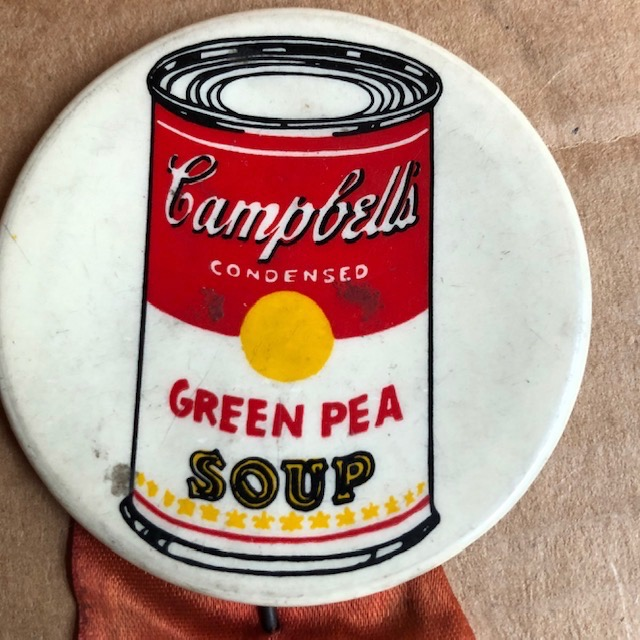 Green Pea Soup Can button. Andy Warhol.